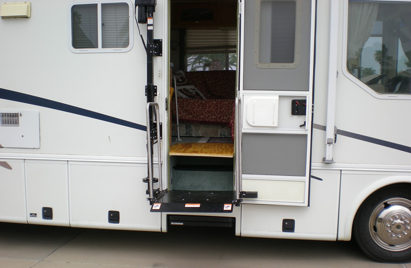 Awesome Motorhome Wheelchair Lift Canada Lift Chairs  Autos Post